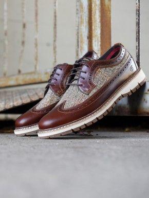 Timberland  Britton Hill Chukka Shoe  Men's 70117