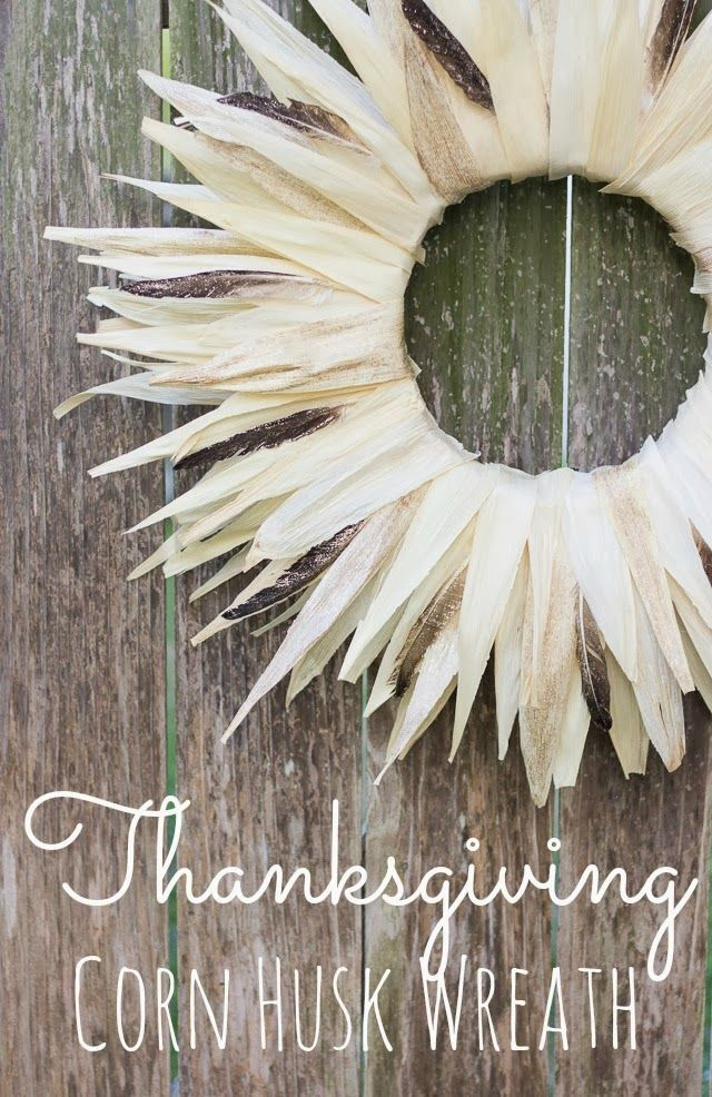 Simple Thanksgiving Wreath made from corn husks and feathers! || http://www.designimprovised.com