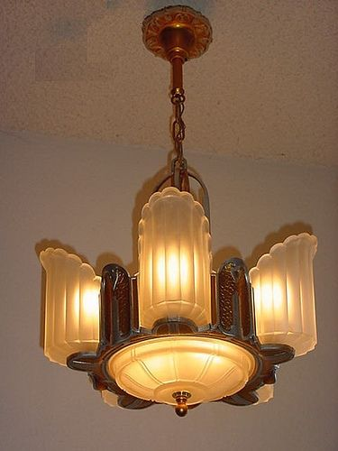 *6 light Art Deco | vintagelights.com http://www.vintagelights.com/product/3/6-light-antique-art-deco-lighting-fixture.html