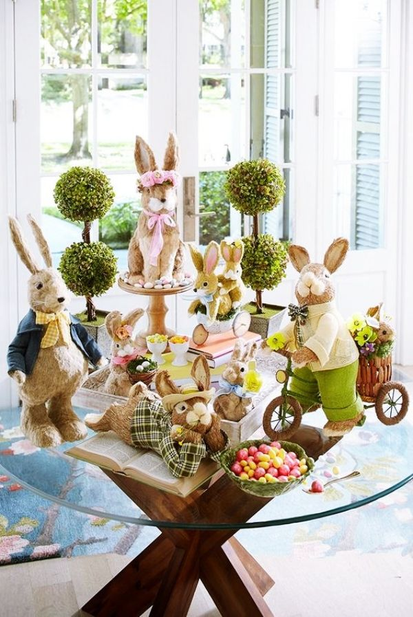 45 Festive Indoor Easter Decoration Ideas And Projects Hercottage Easter Bunny Decorations Diy Easter Decorations Easter Table Decorations