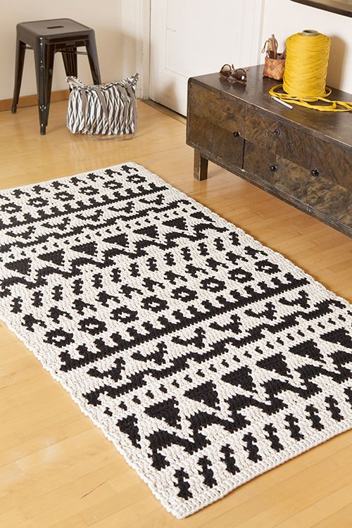 Folkki carpet, free pattern, Molla Mills for Lankava