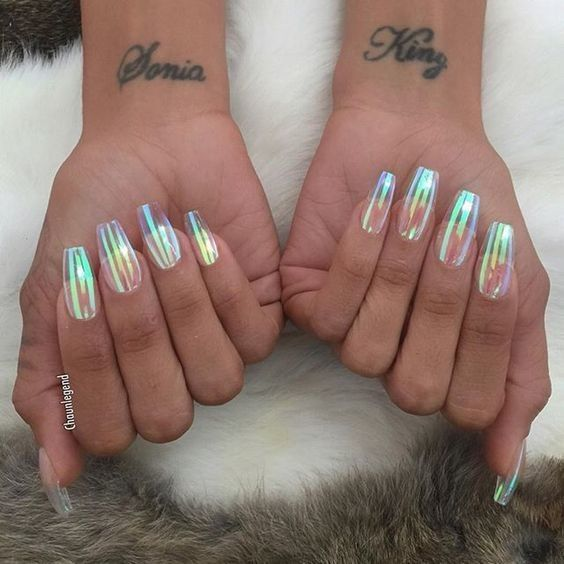 Shiny Glass Sheets - These Holographic Nails Will Give You Major Nail Envy - Photos