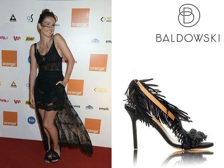 @olgaboladz in @baldowskiwb 👠😍🔝 #fashion #shoes #shoesaddict #bestlook #sopot #orange #orangekinoletnie #acctress #lacedress #highheels