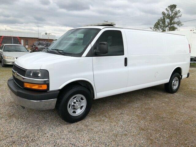 2015 Chevrolet Express 3500 Extended Cargo Van 6 0l W Bin Pkg 2015 Chevrolet Express 3500 Extended Cargo Van 6 0l W Bin In 2020 Cargo Van Trucks For Sale Chevrolet