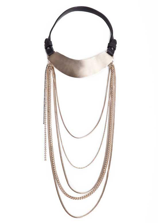 oi et Moi nasce nel 2008 da un'idea di Mara De Longis, che  disegna personalmente tutti i modelli della collezione. L'intenzione è quella di creare qualcosa che vada al di là dei soliti canoni.  Leggi tutto: http://www.leichic.it/accessori-donna/loriginalita-dei-gioielli-toi-et-moi-29303.html