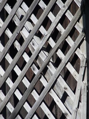 How to Add Lattice Fence Toppers                                                                                                                                                                                 Mais