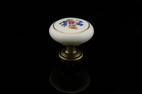 Dresser Knob Drawer Knobs flower  Ceramic Kitchen by Dreamchinese, $4.50