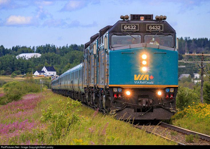 RailPictures.Net Photo: VIA 6432 VIA Rail EMD F40PH at Dorchester, New Brunswick, Canada by Matt Landry