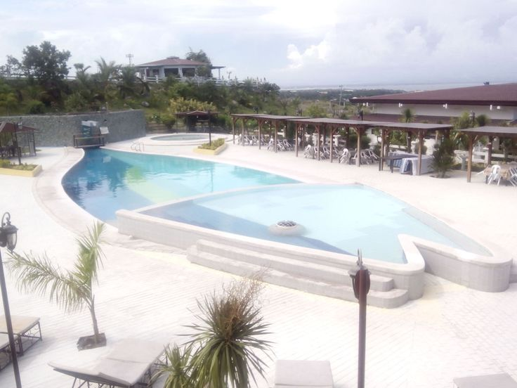 Have you ever seen pools shaped and design to any figures, like what you have seen on this photo? Well, believe it or not, this pool is real and I took this photo at Mount Sabrina Panoramic View and Resort years ago. It is a resort where you can overview the City of GenSan (General Santos), one of the big cities in Mindanao, Philippines: a city also known as the Tuna Capital of the country (that's why this pool is shaped this way), and where the renowned Filipino boxer Manny Pacquiao live...