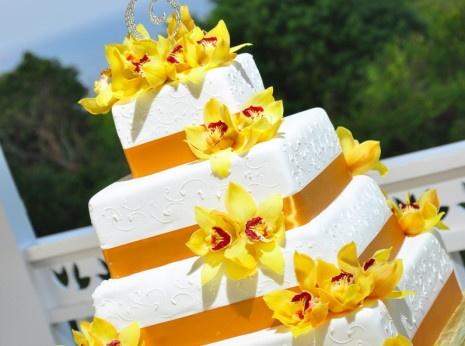 137 best wedding cakes we love images on pinterest. Black Bedroom Furniture Sets. Home Design Ideas