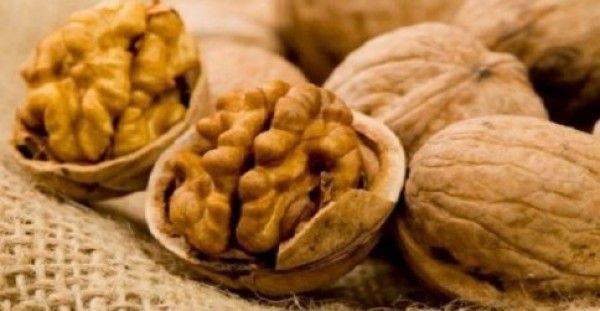 Απίστευτο: Φάτε πέντε καρύδια και περιμένετε τέσσερις ώρες!