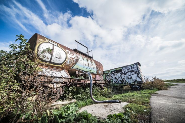 Free Image: Rusted Wagon with Grafitti Art Alone in The Field | Download more on…