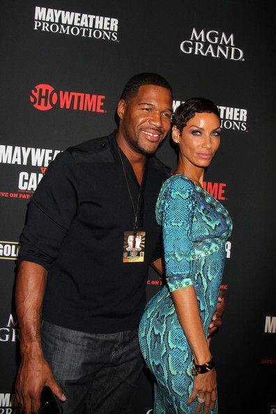 Nicole Murphy and Michael Strahan - Stars at the MGM Grand for the Floyd Mayweather Jr. Fight
