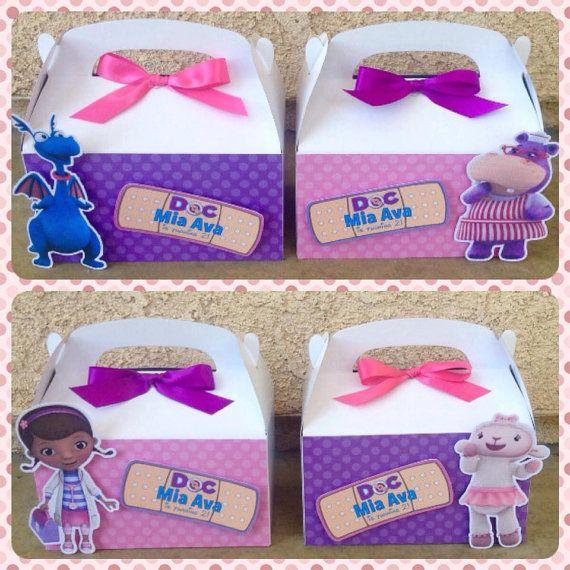 Doc McStuffins favor cajas por NiftyKreations1 en Etsy                                                                                                                                                                                 Más