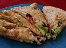 Black bean, avocado & red pepper quesadilla: Quesadillas, Pepper Quesadilla, Avocado Quesadilla, Black Beans, Food, Quesadilla Recipe, Veggie Quesadilla