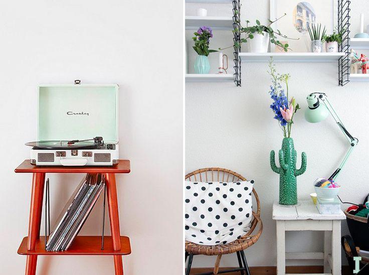 Inspiration couleur Mint.Accessoire de décoration couleur Mint. Lecteur vinyle, et lampe.