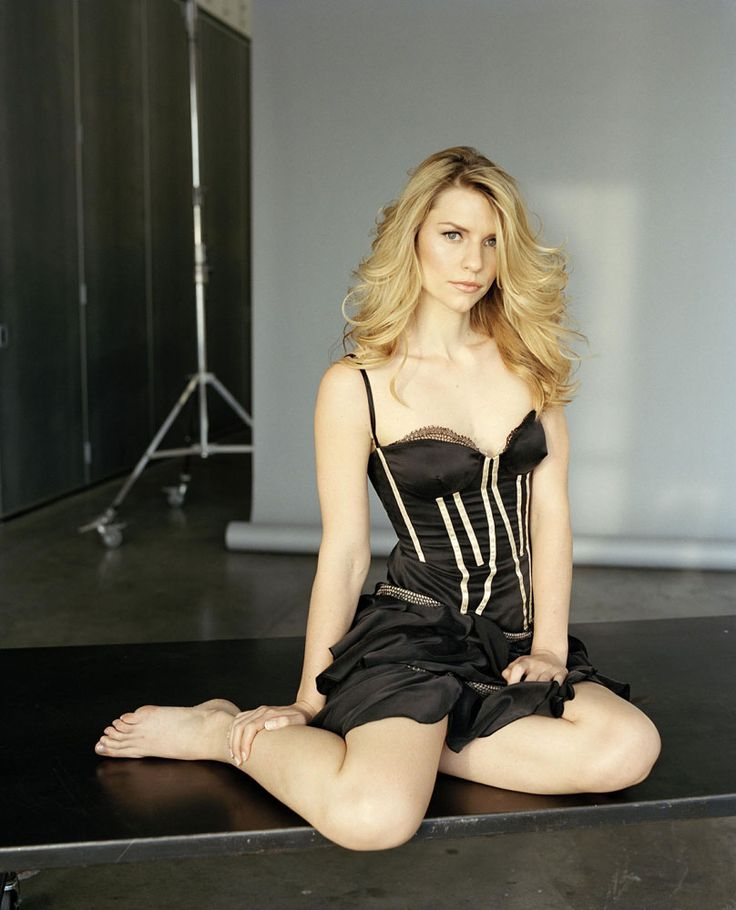Claire Danes Hot | Posted by varaka at 06:05 | Celeb and