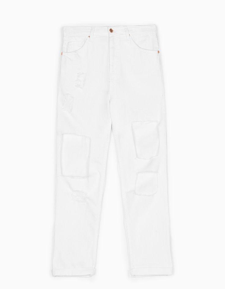 Stradivarius Colombia, Pantalon blanco, basico para tenerlo en tu armario; combina perfecto con lo que quieras usar #MomentoExtraordinario #Mary kay Colombia