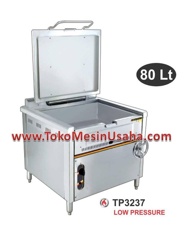 Gas Titling Pan adalah sebuah panci/ketel besar yang dirancang untuk keperluan memasak seperti merebus, menumis, dan menghangatkan makanan dalam jumlah besar.      Type : TP3237     Dimensi : 94 x 104 x 98 cm     Dimensi panci : 74 x 60 x 20 cm     Kapasitas : 80 L     Power : 42.000 BTU/H     Berat : 154 kg