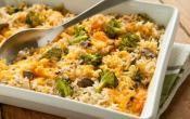 BROCCOLI, RICE & CHEESE CASSEROLE: The ultimate comfort food just like mom use to make.  #Broccoli #Rice #Casserole