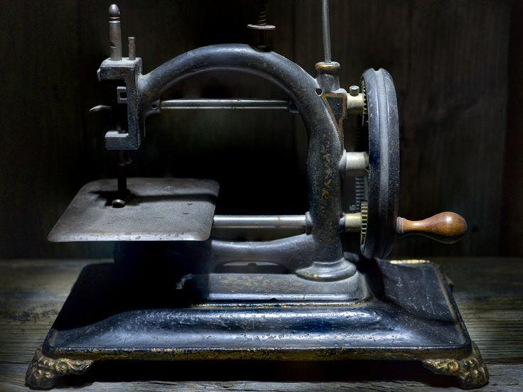 Sewing machine by Kim von Essen on 500px