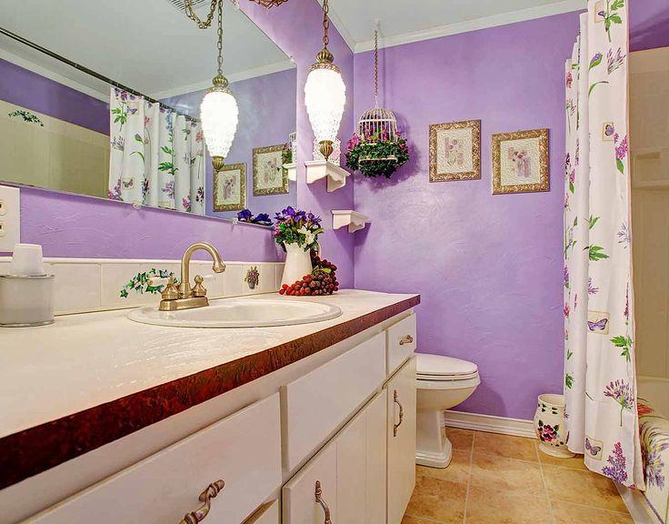 Уютная лиловая ванная: купить всё необходимое и получить консультацию дизайнера вы можете в Центре дизайна и интерьера 'ЭКСПОСТРОЙ на Нахимовском'