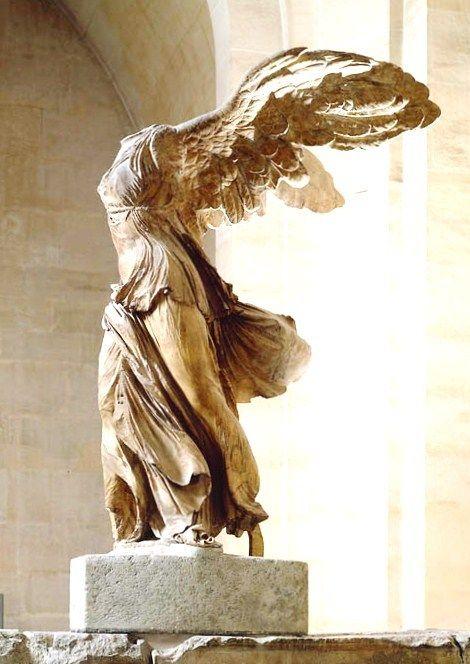 「サモトラケのニケ」 (フランス語: Victoire de Samothrace, 英語: Winged Victory, ギリシア語: Νίκη της Σαμοθράκης)は、ギリシャ共和国のサモトラケ島(現在のサモトラキ島)で発掘され、現在はルーヴル美術館に所蔵されてい...
