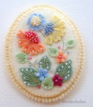 DELICATE BEADING/EMBROIDERY - FELT ART ~ oval flower pin