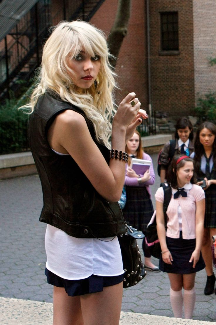 23 Times Jenny Humphrey Was Actually the BEST Character on 'Gossip Girl'