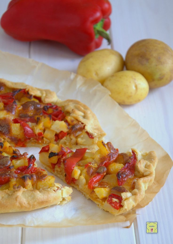 Torta salata patate e peperoni, ricetta gustosa