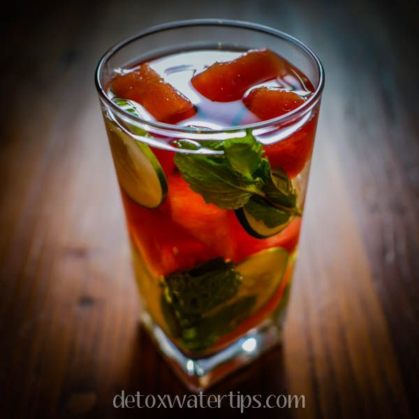Reduce water retention and de-bloat with Watermelon Cucumber Mint Detox Water.