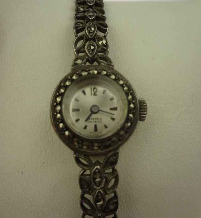 Online veilinghuis Catawiki: Zilveren horloge met markasiet - dames horloge - mechanisch uurwerk
