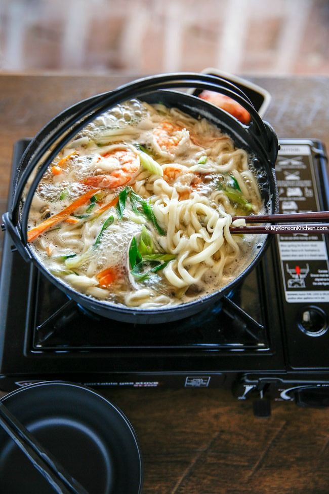 Kalguksu (Korean Knife Cut Noodle Soup) Recipe | MyKoreanKitchen.com