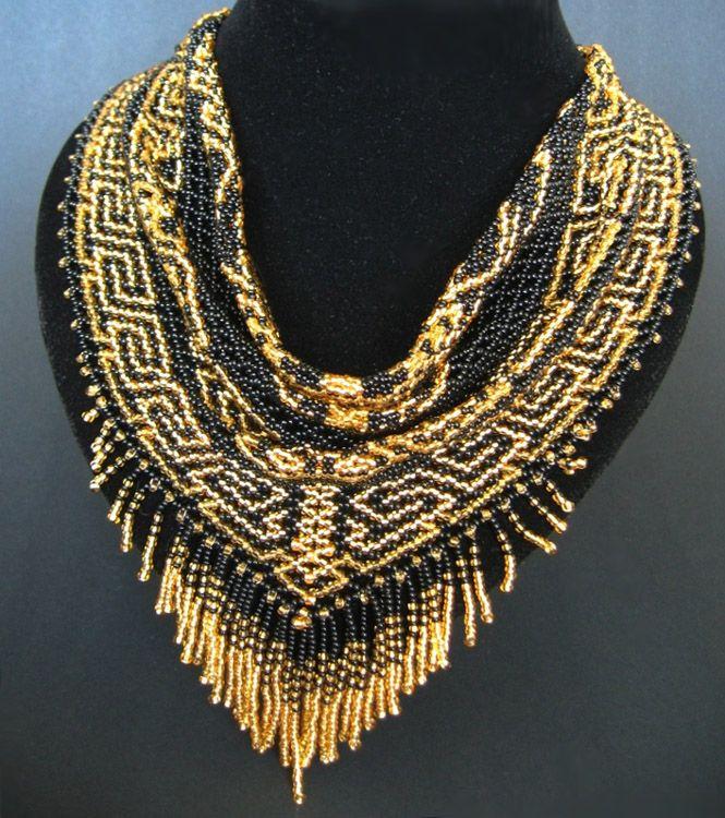 https://www.pinterest.com/pin/393572454916286839/ Bead jewelry by Inga Sampoeva