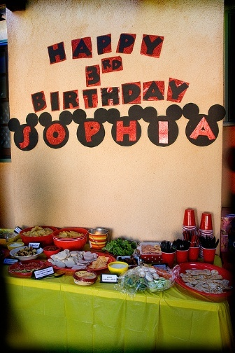 Click on the picture for easy DIY Mickey Mouse Birthday Party ideas @Nicole Dinon