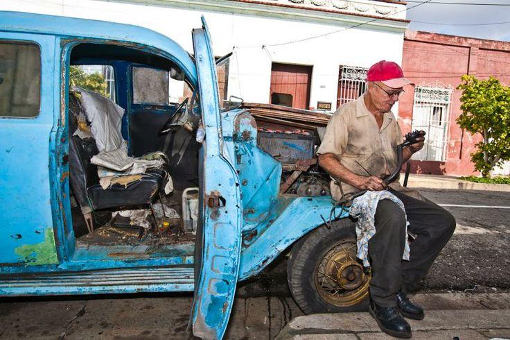 Kubanischer Automechaniker