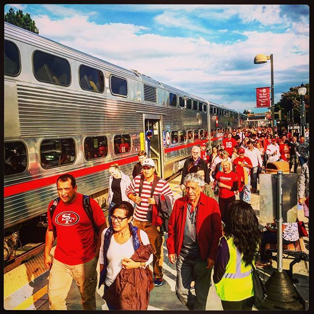 The @sanfran49ers Faithful arrive at the Mountain View Caltrain Station ahead of the #49ers vs Vikings game.