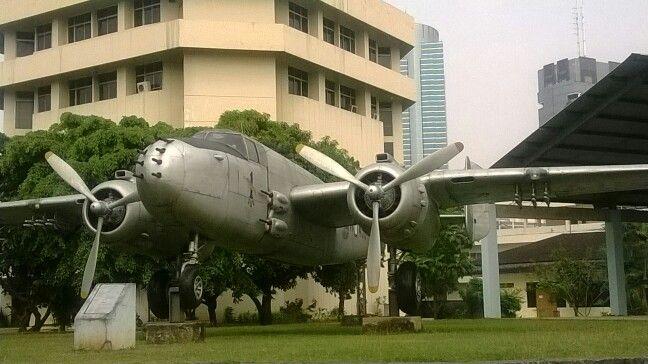 Pesawat...sudah tak terpakai