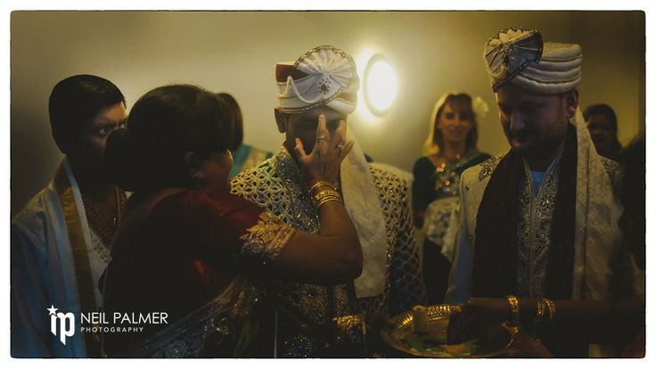 Asian Wedding Photos in Reading, Berks | Wedding Photographer in Berkshire
