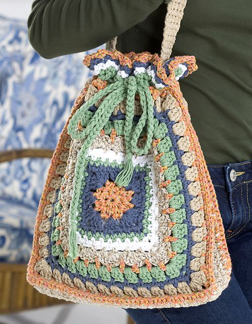 Granny Square Chic Drawstring Tote Bag: free pattern