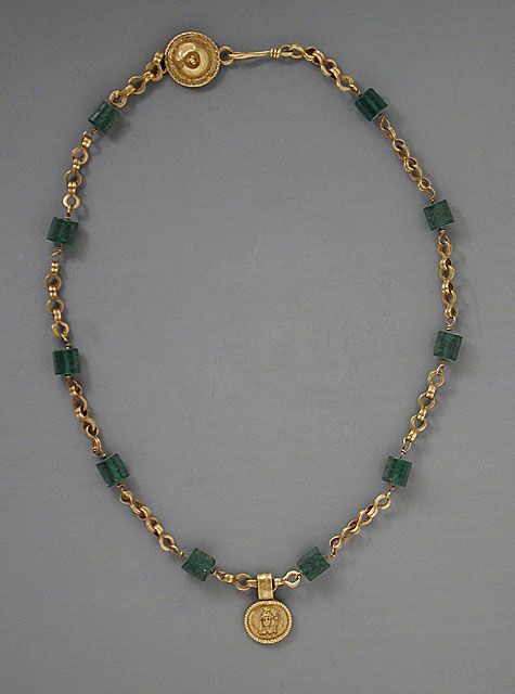 Gold Necklace with Medallion Depicting a Goddess, Roman Period (30 BCE - 300 CE); Metalwork; Gold, green glass, Egypt