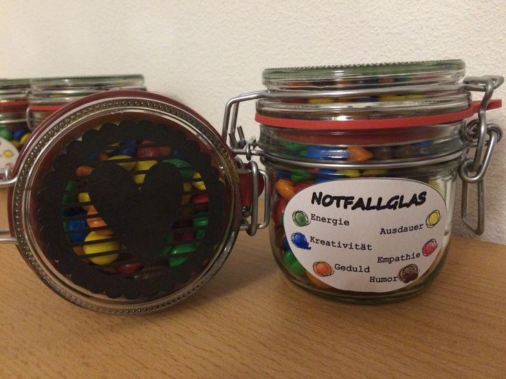 Notfallglas für unsere KiTa-Erzieherinnen zum Muttertag