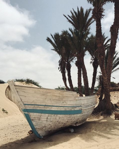 Boat on the beach of Boa Vista, Cape Verde #Kaapverdie #CaboVerde