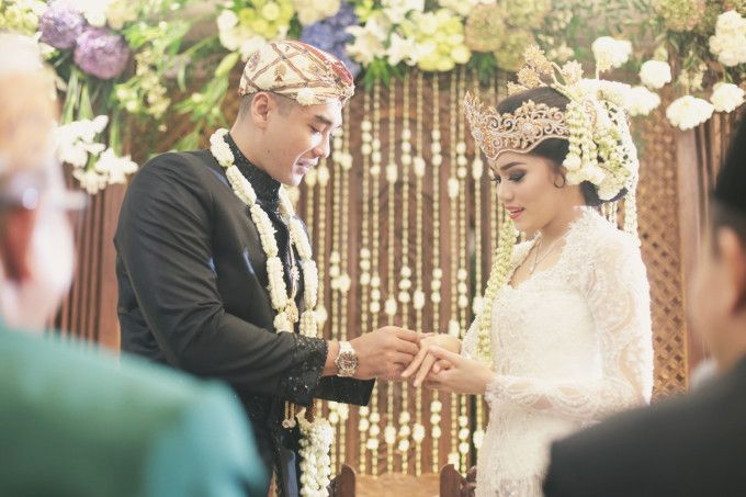 The Wedding Of Diaz Baskara And Alexandra Asmasoebrata - 026