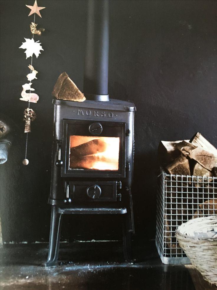 Best 25+ Firewood basket ideas on Pinterest | Christmas ...