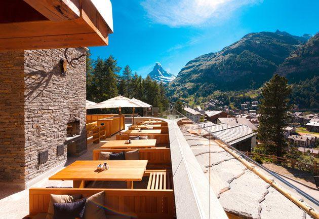 Die besten Hotels der Schweiz 2014 im Rating der SonntagsZeitung: Hotel des Jahres ist das Cervo  Mountain Boutique Resort in Zermatt.