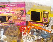 Toy Oven, Kenner Easy Bake Mini Wave Oven In Original Box and Accessory's 1976, Toy Furniture, Kenner Toys, Oven,  :)S