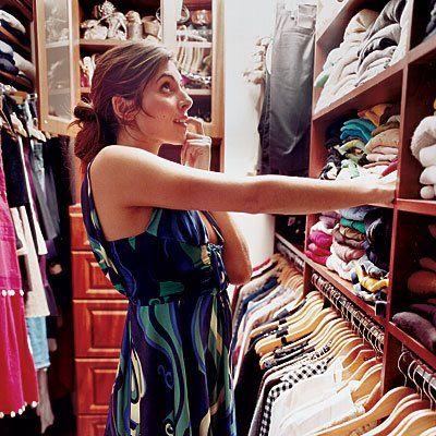 Jamie-Lynn Sigler closet