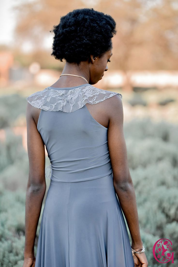 The Gelique Lyla dress has a simplistic back with only the lace frill falling around the neck