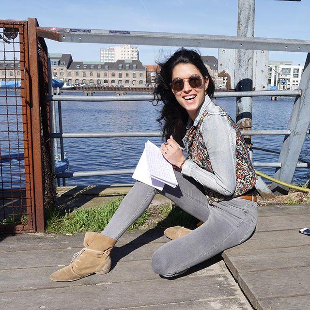 Pin for Later: 40 deutsche Stars, denen ihr unbedingt auf Instagram folgen solltet Rebecca Mir